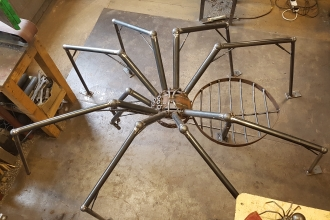 Art Oasis spider sculpture finished copyright MWT